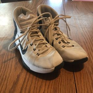 Sz 7 prime hype df basketball shoes